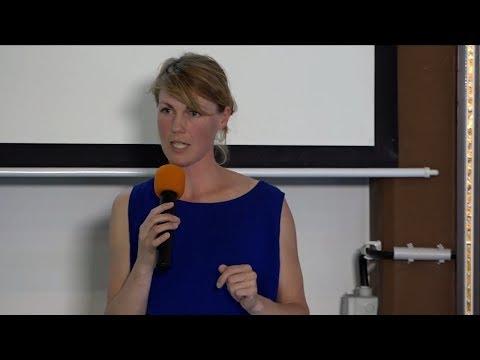 #LitCamp17 Geschichte(n) erlebbar machen (Nora Hespers)