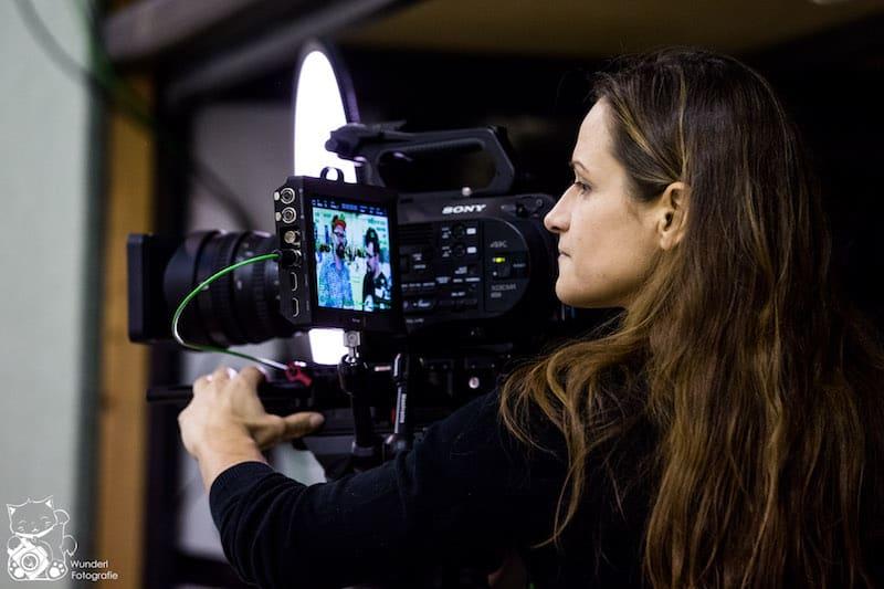 Kamerafrau Yvonne Schulze
