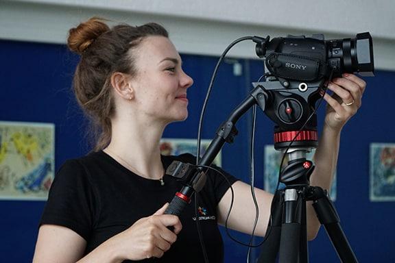 Livestream Anbieter - Kamera auf Produktion