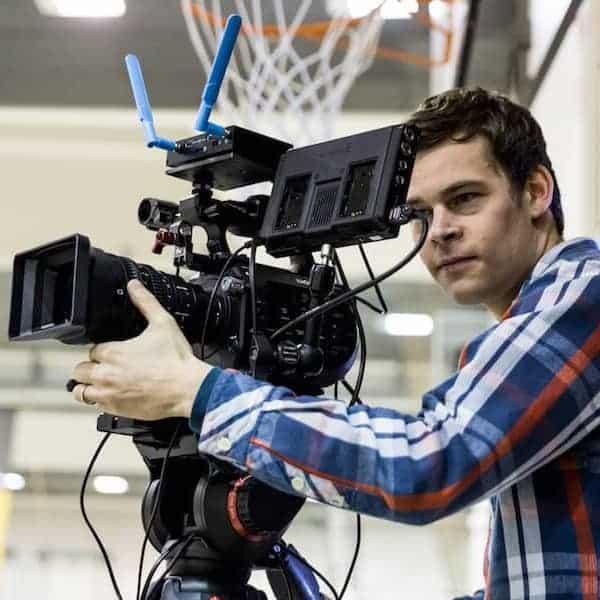 Livestream Produktion - Kameramann an Kamera