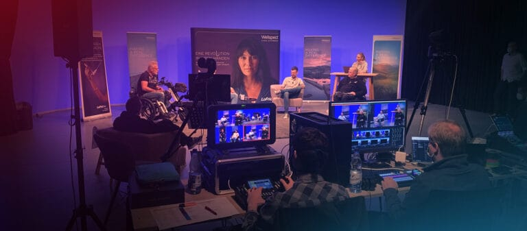 Livestream-Produktion im Fernsehstudio